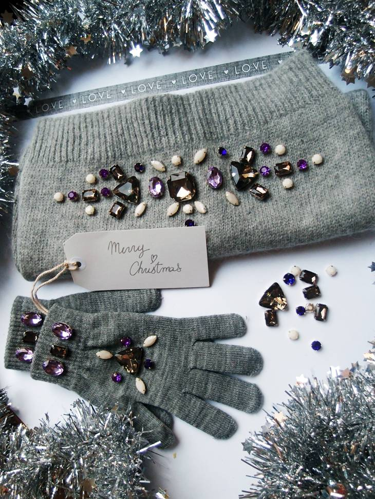RHINESTONE EMBELLISHED SCARF AND GLOVES