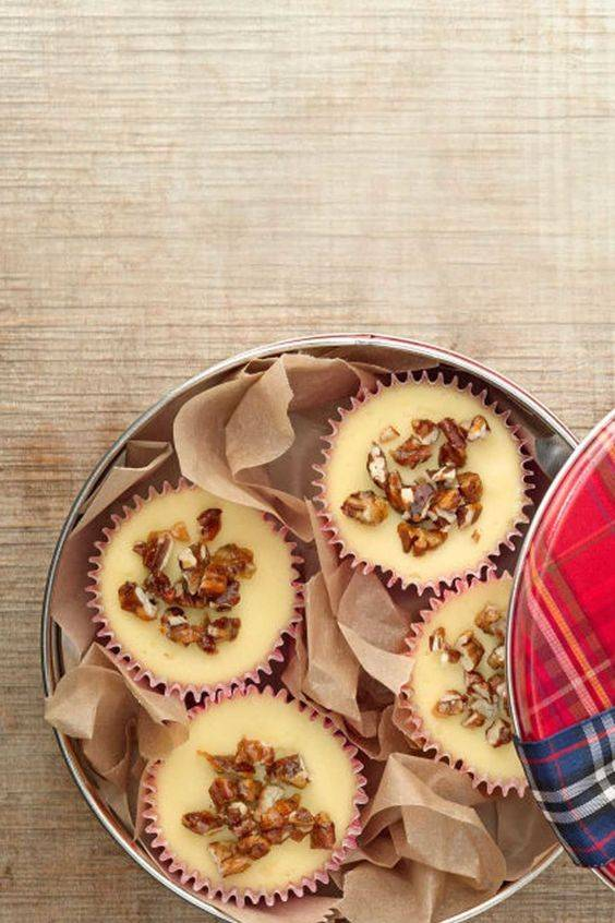 Mini Cheesecakes with Sugared Pecans