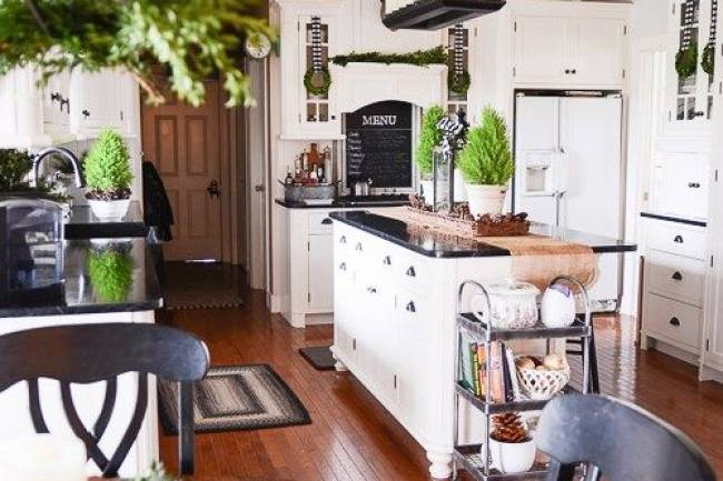 8 DECOR TIPS TO MAKE YOUR KITCHEN A CHRISTMAS DREAM