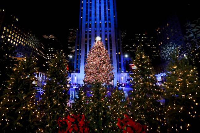 18 AMAZING THINGS TO DO IN NYC DURING THE HOLIDAYS